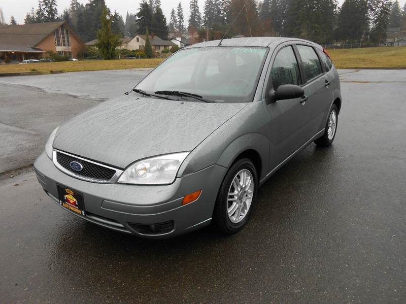 2005 ford focus zx5 review