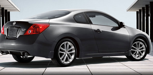 2012 nissan altima coupe review